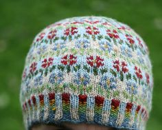 Ravelry: Peerie Flooers pattern by Kate Davies Designs Fair Isle Knitting Patterns, Knitting Stitches, Knitting Designs, Knitting Socks, Knitting Projects, Hand Knitting, Knitted Hats, Knitting Tutorials, Knit Crochet
