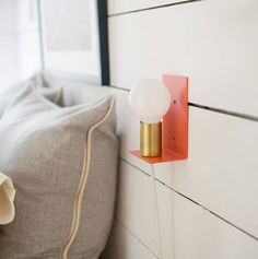 Irene Sconce   Luminária minimalista   A modern expression of the classic candle sconce from Schoolhouse Electric & Supply Co.   Blog Não Me Mande Flores