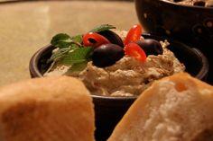 Baba Ganoush ist ein Auberginenpüree und stammt aus der arabischen Küche. Sehr einfach. sehr lecker! #rezept, #vegan, #vegetarisch