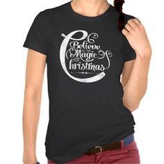 chalkboard_believe_in_the_magic_of_christmas_tshirt-red370fb5fe8047feab0c88625a0cc49a_8naxt_512.jpg (512×512)