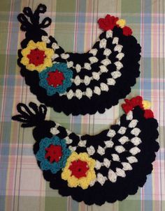 Hand Crocheted Chicken Pot Holders by TreasureFromMyTrunk on Etsy