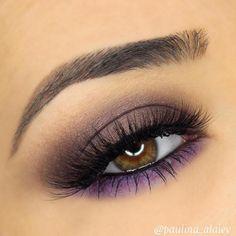 Smokey with a pop of purple @paulina_alaiev BROWS: #Dipbrow in Dark Brown EYES: Self Made Palette LASHES: @esqido in Voila #anastasiabeverlyhills #selfmadepalette