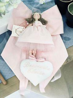 Benvenuta E l o i s e 🌸 Dal Friuli-Venezia Giulia ... Lucia, Sceglie #LEGIOIE! 🎀 GRAZIE GR... Diaper Cake Basket, Baby Mobile, Sweetest Day, Hand Embroidery Stitches, Welcome Baby, Craft Party, Confetti, Projects To Try, Baby Shower