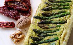 Cake di asparagi con pomodori secchi e noci   Vita su Marte