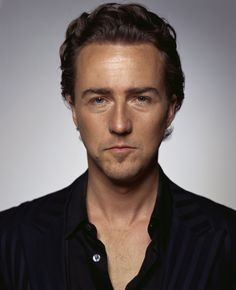 Edward Norton    The 'Fight Club' actor received a degree in history from Yale.    #edward norton #yale #fight club