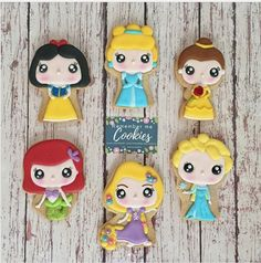 """Remember me Cookies on Instagram: """"There is a princess inside all of us Disney Funko Pop #disneyprincess #disneyprincesscookies #snowwhitecookies #snowwhite…"""" • Instagram"""