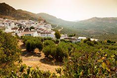 Los pueblos andaluces menos poblados: una ruta para misántropos (pero con amor)