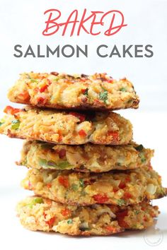 Baked Salmon Cakes Looking for a healthy salmon croquette recipe? These Baked Salmon Patties are packed with vegetables and baked instead of fried and a healthy source of protein and fatty acids. Baked Salmon Recipes, Fish Recipes, Seafood Recipes, Healthy Recipes, Healthy Fats, Grilled Recipes, Healthy Protein, Pasta Recipes, Omega 3