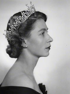 Queen Elizabeth II wearing The Girls of Great Britain and Northern Ireland Tiara.