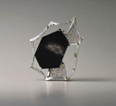 Brooch    JAESUN WON-KR/USA. Sterling silver- Rhodium plated, 14k yellow gold, Onyx