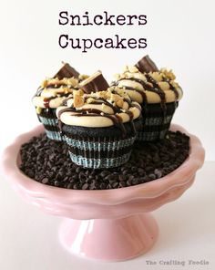 Snickers Cupcakes - Chocolate Cupcakes with Caramel Frosting Stuffed with Salted Peanutes and Caramel