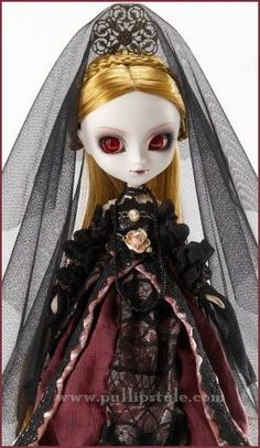 Pullip Elisabeth $114.95  Pullip Elisabeth has long shiny golden hair, gorgeous gothic style dress, removable fangs and ruby red cat style eyes!!
