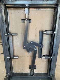safe-door in 2020 Diy Welding, Metal Welding, Welding Shop, Metal Art Projects, Welding Projects, Welding Ideas, Safe Door, Vault Doors, Door Gate Design