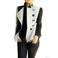 This is such a wonderful #jacket from #Laura #Galic spring collection. Perfect for the spring, comfortable, funky and stylish – you can wear it from the office to an evening out with friends! Laura Galic is a European designer exclusively represented in Canada at Acara Fashion Boutique.