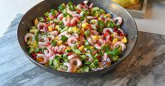 Reke og mango salat - Fargerikt, sunt og veldig godt! | Gladkokken Frisk, Pasta Salad, Mango, Potato Salad, Chili, Beverages, Potatoes, Ethnic Recipes, Food