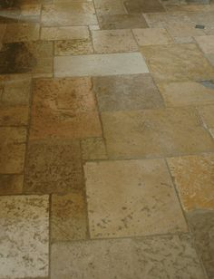 ANN SACKS Antique Dalle De Bourgogne reclaimed limestone fields in random sizes
