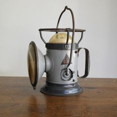 old lanterns | Vintage delta lantern | Old Lanterns