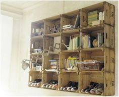 Create Shelves with Old Wooden Crates and Boxes!