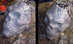 Cheap Skulls - Static prop   Looks pretty easy.