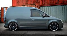 VW Caddy pimped! Caddy Van, Vw Fox, Convertible, Vw Caddy Maxi, Volkswagen Touran, Slammed Cars, Van Storage, Panel Truck, Cool Vans