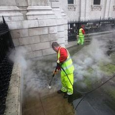 Professional Power Washing Services in Baltimore, Maryland & surrounds. Experts in Concrete Cleaning, House & Building Washing, Roof Cleaning and more.