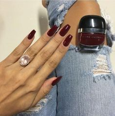 """Love this color Marc Jacobs in """"Jezebel"""" - hair - Nageldesign Red Stiletto Nails, Dark Red Nails, Red Acrylic Nails, Burgundy Nails, Burgundy Color, Burgundy Wine, Red Gel Nails, Yellow Nails, Coffin Nails"""