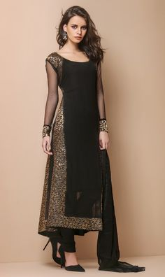 Black kurtha is always best for parties Indian Attire, Indian Wear, Indian Suits, Kurta Designs, Blouse Designs, Ethnic Fashion, Asian Fashion, Desi Clothes, Indian Couture