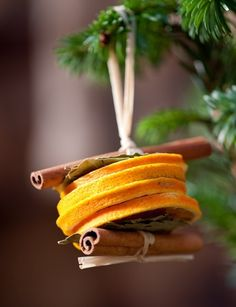 Semplice e profumata idea per #decorazioni di Natale con cannella