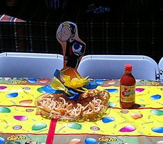 Chavo del 8 party centerpiece