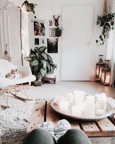 9 Incredible Cool Ideas: Minimalist Bedroom Gray Living Rooms minimalist home office window.Minimalist Bedroom Lighting Apartment Therapy minimalist home design desk areas. Minimalist Living, Minimalist Decor, Minimalist Interior, Minimalist Kitchen, Modern Minimalist, Minimalist Apartment, Modern Interior, Minimalist Window, Kitchen Modern