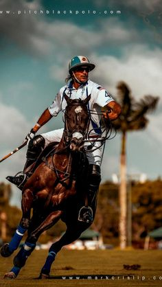 Cambiaso playing for Valiente