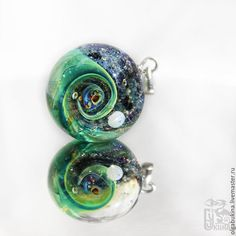 Купить Кулон шар Загадки космоса. Зеленая галактика. Вихрь. Изумруд. Планета. - космос #украшения #космос #кулон #шар #серебро #стекло #marble #jewelry #silver #glass #lampwork #space #universe #cosmos #pendant