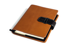The agenda-cover is a stylish detail to customize your agenda with the finest leather Foglizzo made in italy. Double leather layer with buckle closure.  #domuscollection #agendacover #desk #stationery #leather #foglizzoleathergoods