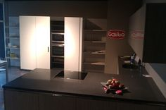 Puedes comprar Neff en: Studio Gatto, Av. Les Roquetes, 48, Pol. Ind. Vilanoveta, 08810, Sant Pere de Ribes, Barcelona, Tlf: 938939315, www.studiogatto.es