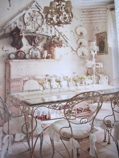 http://shabbysugarpinkboutique.blogspot.com/2012/01/my-romantic-country-magazine-has.html