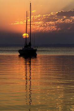 moored morning | ronald diel