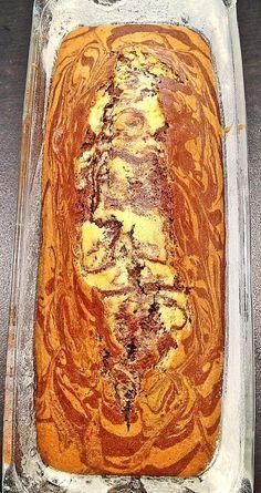 Reteta de chec pufos marmorat cu cacao No Cook Desserts, Vegan Dessert Recipes, Desert Recipes, Just Desserts, Cake Recipes, Cooking Recipes, Delicious Deserts, Yummy Food, Sweet Cooking