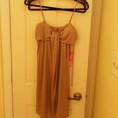 Gold drees Gold mini dress/tag says L but fits medium Dresses