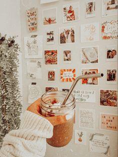 Cute Bedroom Ideas, Cute Room Decor, Room Ideas Bedroom, Bedroom Decor, Study Room Decor, Wall Decor, Aesthetic Room Decor, Aesthetic Collage, My New Room