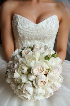 double white tulips and roses instead of peonies