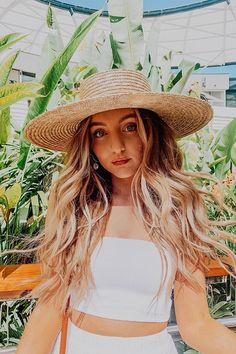 Summer waves all year round Summer Waves, Beach Waves, Sarah Betts, Basic Style, Dance Moms, My People, Wavy Hair, Aesthetic Clothes, Outfits