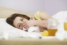 The flu - or influenza - is a viral infection of the respiratory system. People are more likely to get the flu during the winter months. People catch the flu from close contact with infected individuals. Flu Remedies, Cold Home Remedies, Herbal Remedies, Flu Like Symptoms, Bad Mom, Cold Sore, Natural Treatments, Cellulite, Young Living Congestion