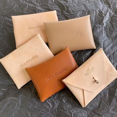 There are now 5 free FizzArrow leather limited edition 'I Love #BillysBag' pillow pockets up for grabs. For your chance to win one just 1) Like this post. 2) Tag a friend 3)Tell me what you would keep in yours! The draw will be done on Monday morning. Good luck. I love #BillysBag #pillowpocket #handmade #leathergoods #bespoke #madeinwarwickshire #makeitbritish Leather Apron, Leather Satchel, Calf Leather, Conkers, Work Bags, The Draw, Paper Folding, Stitching Leather, Its A Wonderful Life