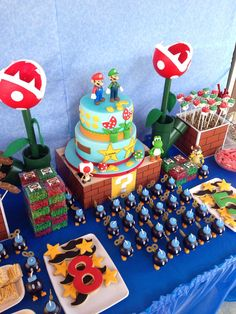 Super Mario Party - piranha plants made by me - duo party - Mario and LUIGI party - all decor and food made by me! Super Mario Party, Super Mario Cake, Super Mario Bros, Super Mario Birthday, Mario Birthday Party, 5th Birthday, Birthday Ideas, Mario Bros Y Luigi, Mario Brothers