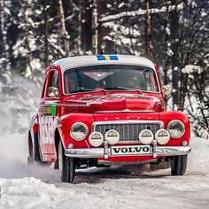 Ola Stokka in a very clean 544 at Rally Sweden Historic 2013. Photo by Jens Karlsson