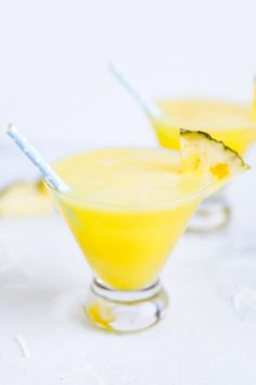 Make a skinny piña colada recipe with frozen pineapple and coconut water. Serve this lightened up tropical cocktail on the rocks or blended. Best Nutrition Food, Health And Nutrition, Nutrition Chart, Health Tips, Universal Nutrition, Nutrition Products, Nutrition Articles, Pina Colada Recipe On The Rocks, Pineapple Diet