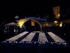 La Pobla de Lillet per la independència Estelada solidària. La Marató Dissabte, 14 de desembre de 2013. Plaça de l'Ajuntament ||*||