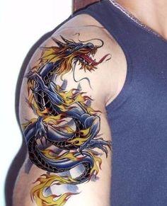 tatuajes de colores para hombres en el brazo