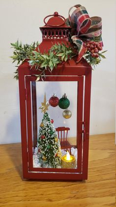 Christmas In Heaven, Simple Christmas, Handmade Christmas, Christmas Time, Vintage Christmas, Xmas, Easy Christmas Decorations, Christmas Lanterns, Christmas Wreaths