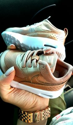 Baby Nike Rose Gold Air Max Thea  😇